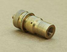 Дефлятор для стравливания давления в шинах 0,2-3 кг/см