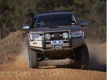Бампер ARB передний DELUXE Toyota HiLux (TIGER) без расширителей арок (для моделей с 2002 г.)