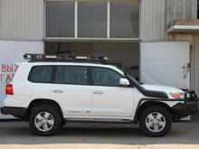 Экспедиционный Toyota Land Cruiser 200
